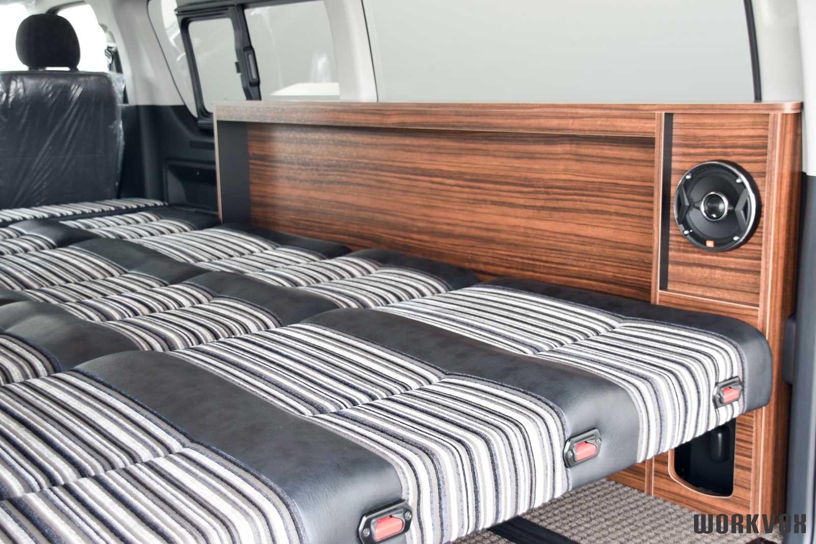 ハイエース 二段ベッド マット収納