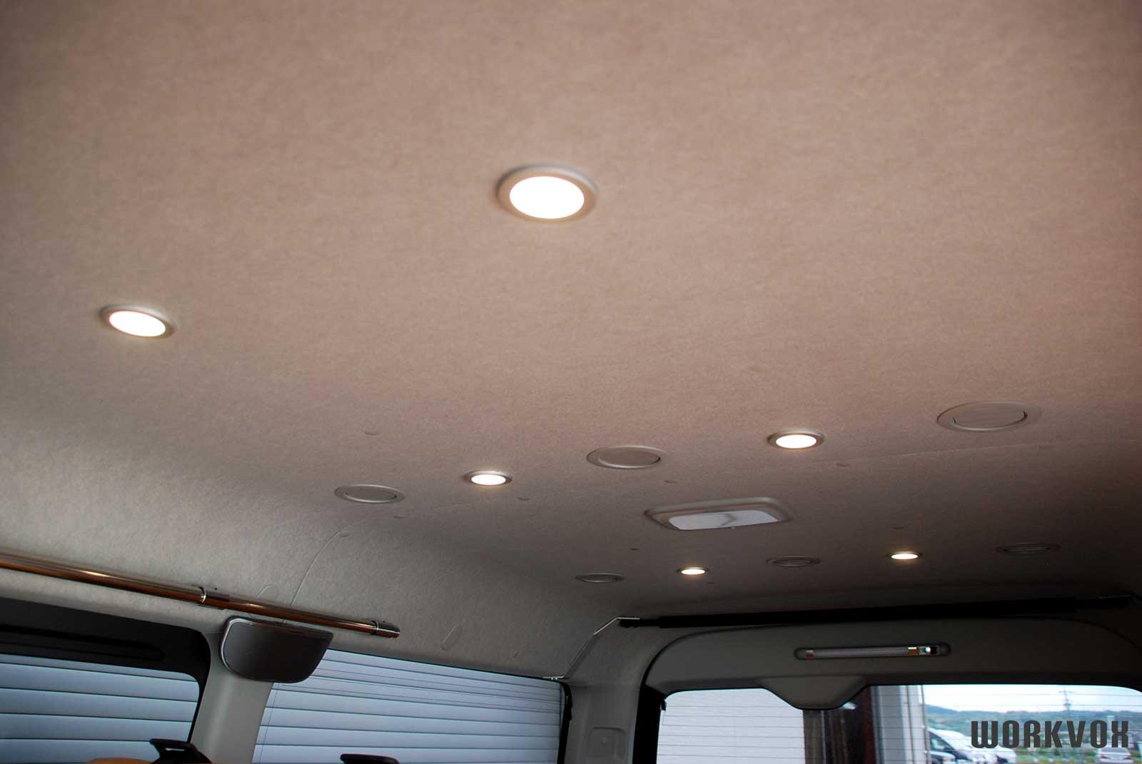 ハイエース 照明 LEDライト