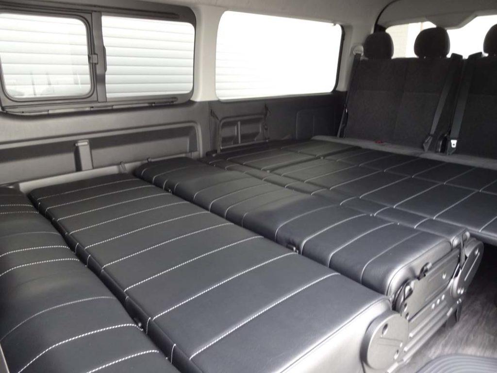 ハイエース 車中泊 ベッド