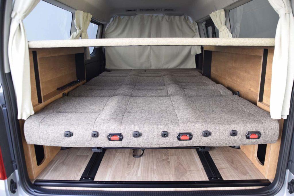 ハイエース 二段ベッド 家具