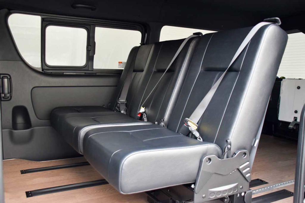 ハイエース 車いす仕様車 i-seat